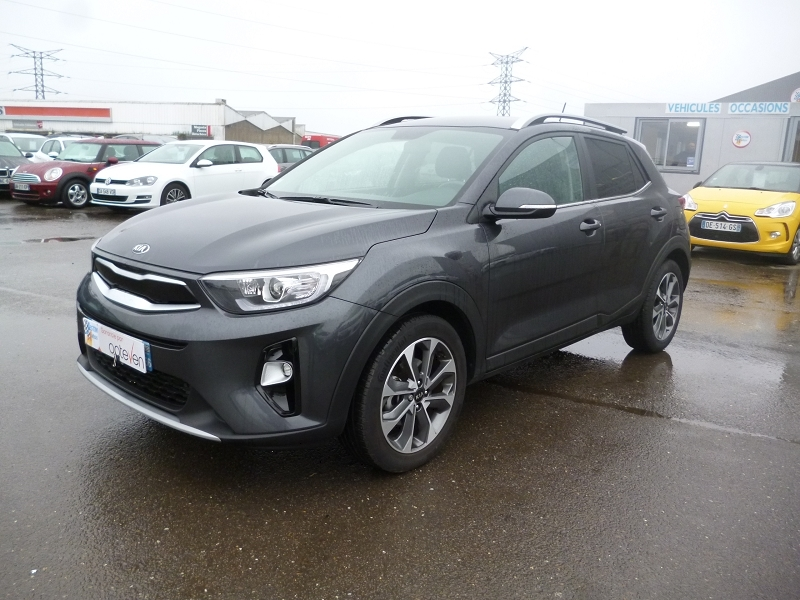 Photo 1 de l'offre de KIA STONIC 1.4 100CH ISG LAUNCH EDITION à 17890€ chez Jestin autos