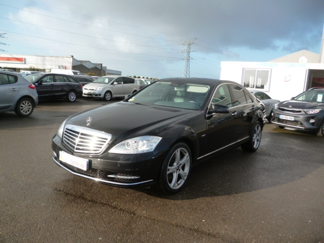 Mercedes-Benz CLASSE S (W221) 350 CDI BLUE EFFICIENCY{2010/07 - 2013/05} Diesel NOIR Occasion à vendre